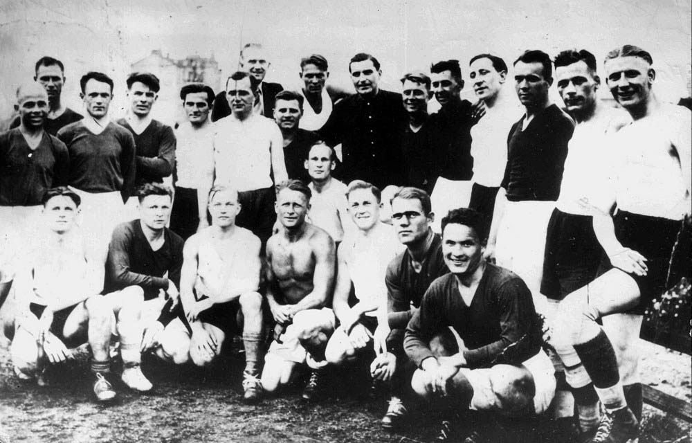 FC Start – Footballers, heroes, tools of the state