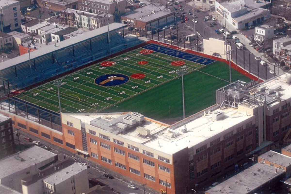Photos This High School Built Their Stadium On The Roof