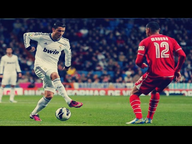 Лучшие футбольные финты