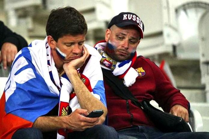 Грустные фанаты сборной России