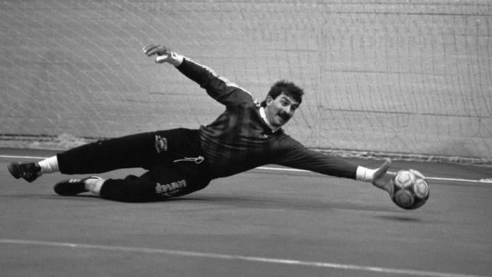 Советский вратарь Станислав Черчесов фото