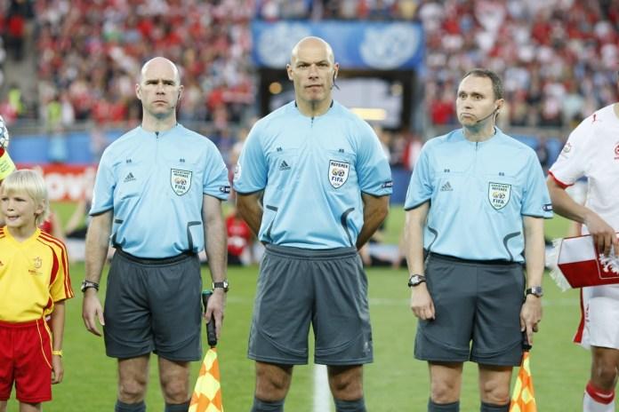 Квалификация футбольного арбитра ФИФА