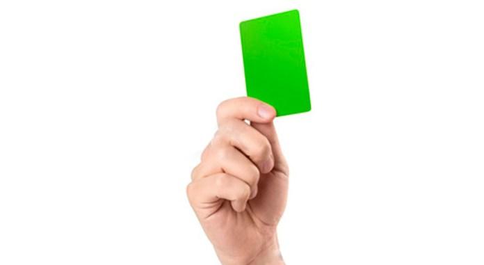 Что значит зеленая карточка