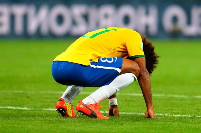 Игрок Бразилии после поражения 7:1