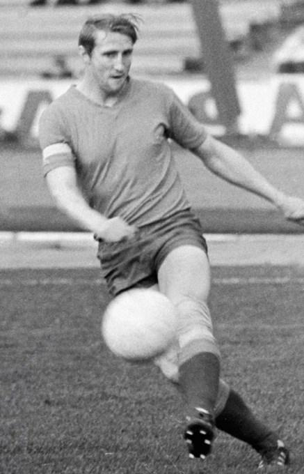 Альберт Шестернев фото футболиста Советского Союза