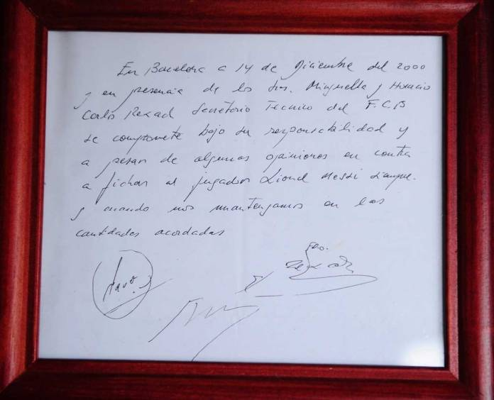Leo-Messi-Signed-By-Barcelona-Paper-Napkin
