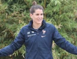Charlotte Bilbault, nouvelle capitaine de l'équipe de France féminine, est revenue sur les tensions entre Corinne Diacre et les joueuses en conférence de presse.