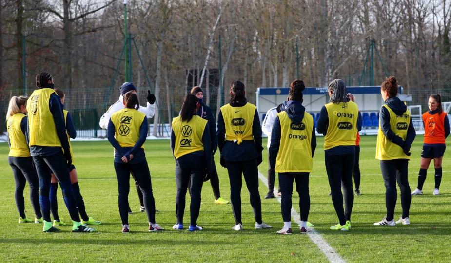 L'équipe de France bloquée à Clairefontaine la veille du match contre la Suisse