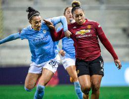 Lucy Bronze a permis à Manchester City de remporter le Derby