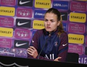 Irene Paredes, capitaine du PSG, avant le retour contre Barcelone dimanche.