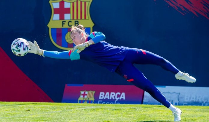 Sandra Panos, la gardienne du FC Barcelone, avant la finale de Ligue des championnes contre Chelsea