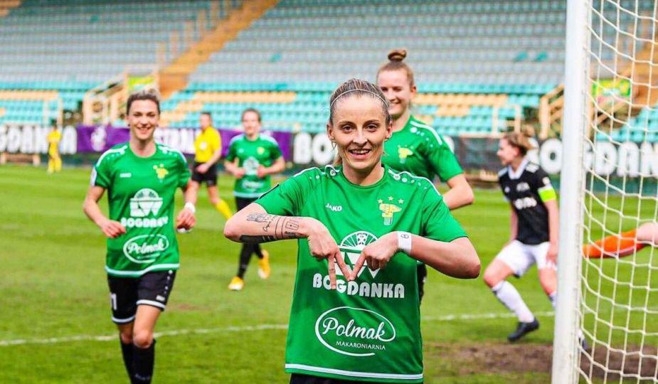 Ewelina Kamczyk signe à Fleury