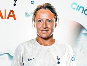 Maéva Clémaron signe à Tottenham