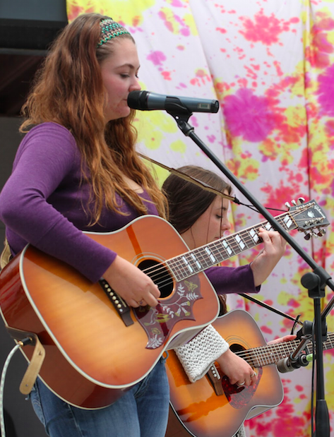 Juniors Corrinn Conant and Nicole Rockholt sang an original song. Credit: Sarah Kagan/The Foothill Dragon Press