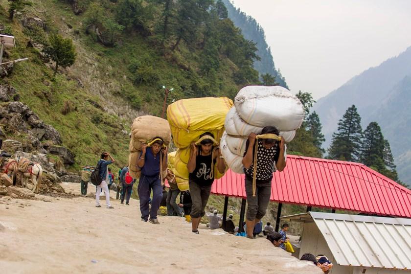 porters himalayas