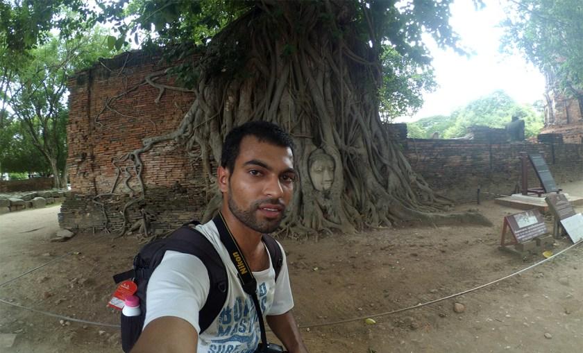buddha-face-ayutthaya
