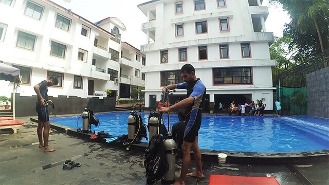 scuba-dive-training