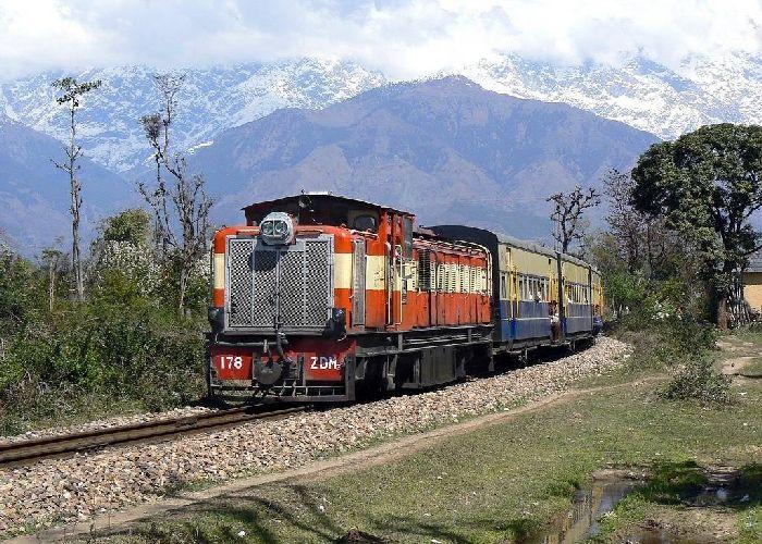Kangra Valley Toy Train – Chakkibank to Joginder Nagar in Himachal Pradesh (2009)