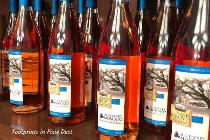 Blueberry Moscato ~ a festival favorite ~ Photo credit: Tina M. Brown