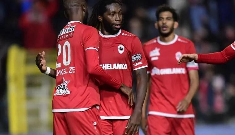 Belgique : Dieumerci Mbokani prolonge son aventure à Antwerp.