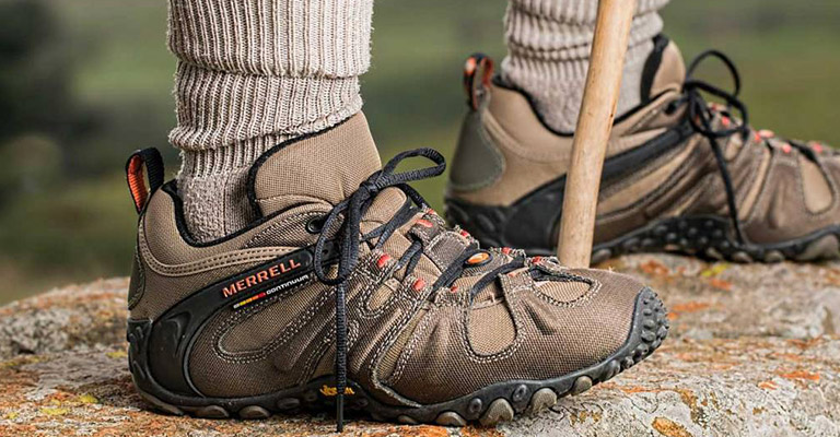 Best Hiking Shoes For Wide Feet