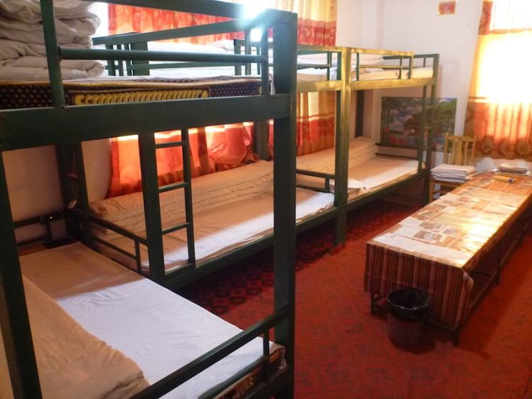 Peace Guesthouse Litang Tibete China hostel