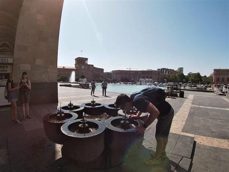 Fonte de água Yerevan