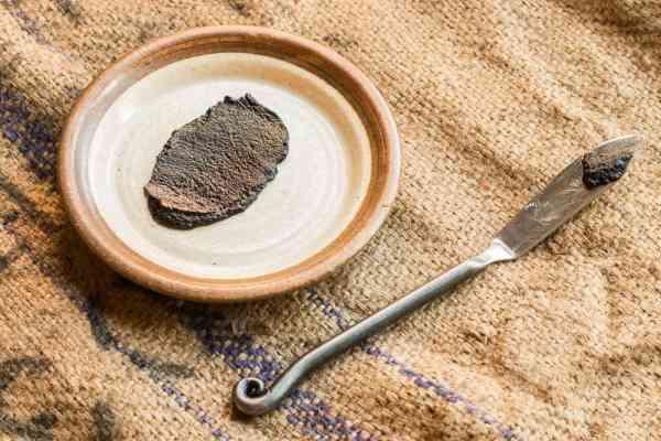 Foraged nannyberry maple butter recipe