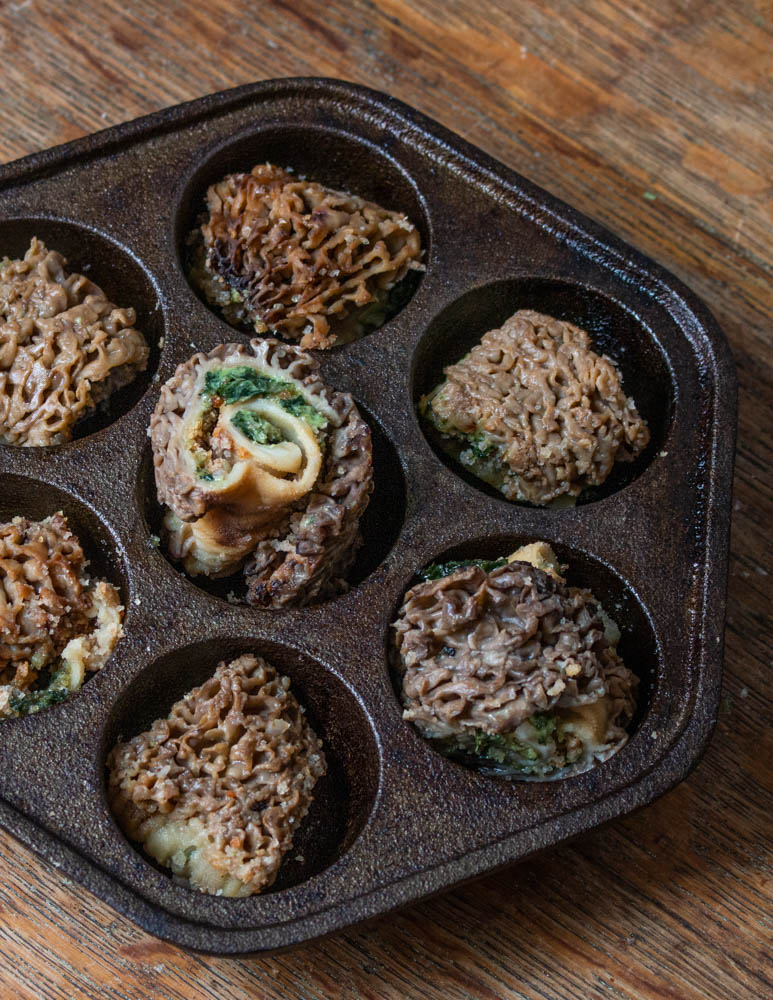 Baked morels with garlic herb butter and breadcrumbs recipe