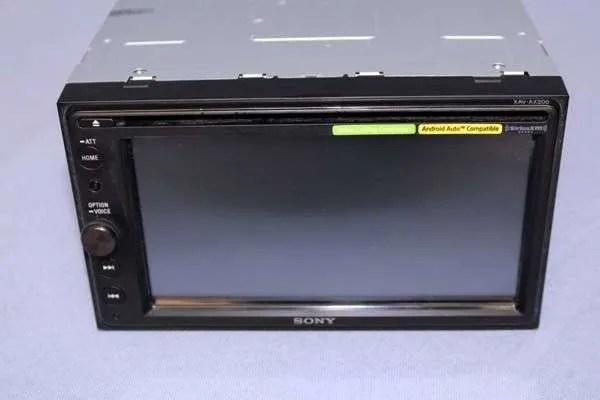 Sony XAV-AX200 Review