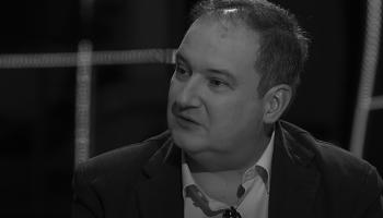 Jordi Hereu durante su cara a cara con el excalde de Barcelona Xavier Trias en diciembre de 2017 en TV3