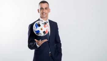 Damat - Tween conquista a los árbitros de RFEF
