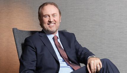 Ramón Galcerán, presidente de Grant Thornton, posa en exclusiva para Forbes en las oficinas de Barcelona de la firma. Foto: Xavi Torres-Bacchetta