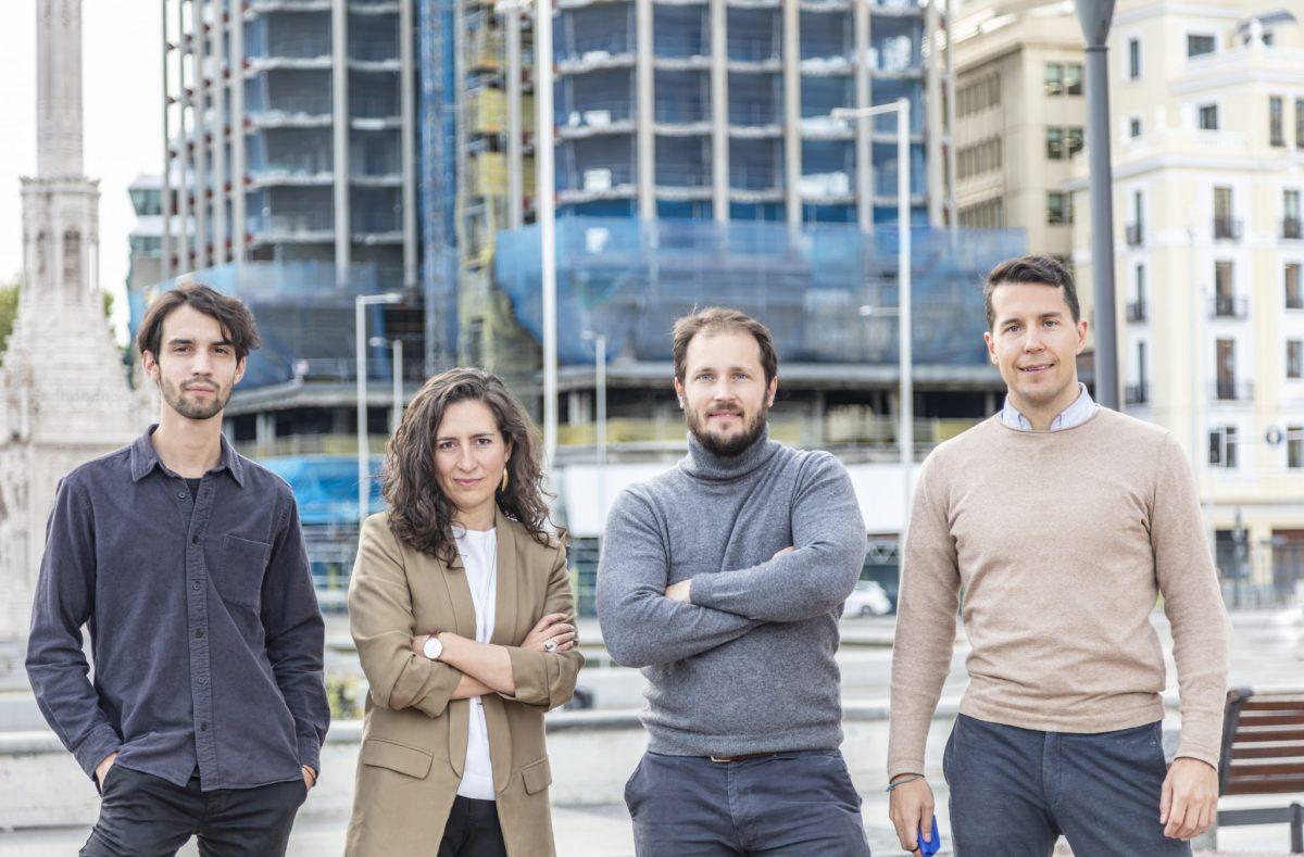 (De izq. a drch.) Mencey Melgar, Montse Zamorano, Nicolás van Schendel y Jerónimo van Schendel, fundadores de Bildia.