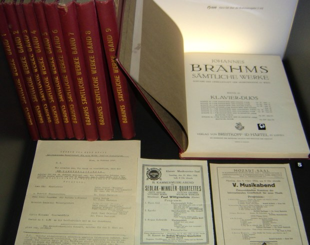 Gál's edition of the Complete non-vocal works of Brahms