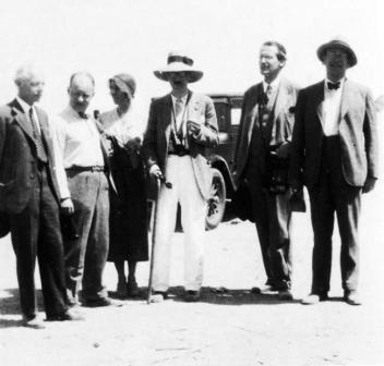 Congrès de Musique Arabe 1932 in Cairo from L-R: Bartók, Hindemith and wife, Erich von Hornbostel, Jenő Takács, Karl Schindler and Egon Wellesz