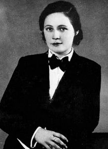 Vítězslava Kaprálová 1915–1940 (died of tuberculosis during the Nazi Invasion of France)
