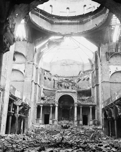 Ruins of Berlin's principal synagogue