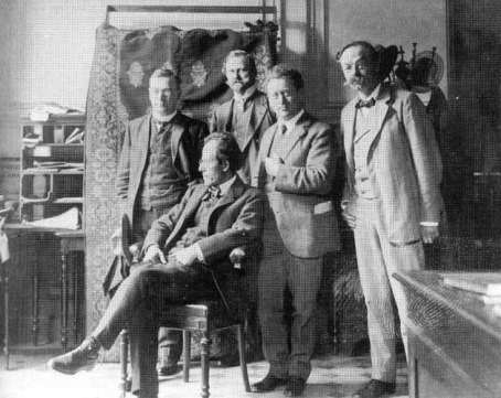 Concertgebouw Amsterdam, v.l.n.r. Cornelis Dopper, Gustav Mahler, H. Freijer, Willem Mengelberg