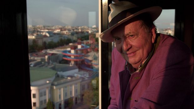 Barry-Humphries-1200x675