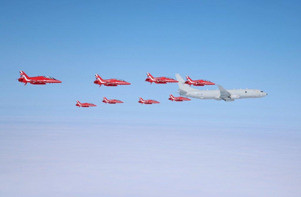 Red Arrows na ala do Poseidon (Foto: Cpl Adam Fletcher).