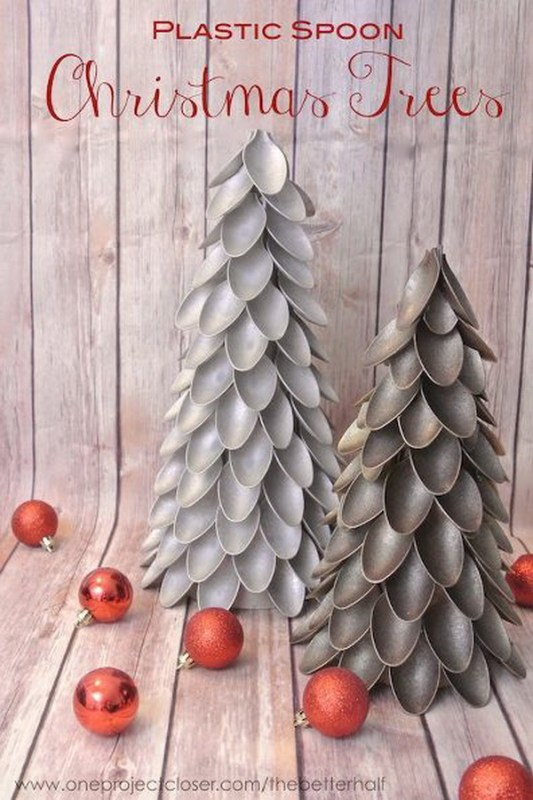 16-creative-diy-christmas-tree-ideas