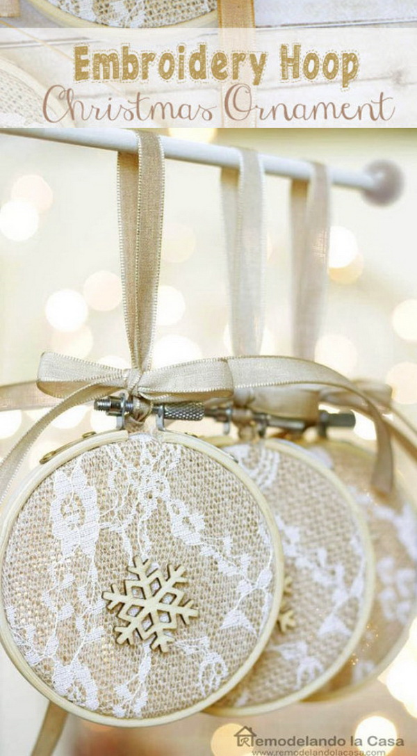 Embroidery Hoop Christmas Ornaments: So cute and easy to make!