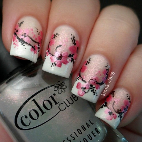 45 pretty flower nail designs for creative juice pretty floral nail art design prinsesfo Gallery