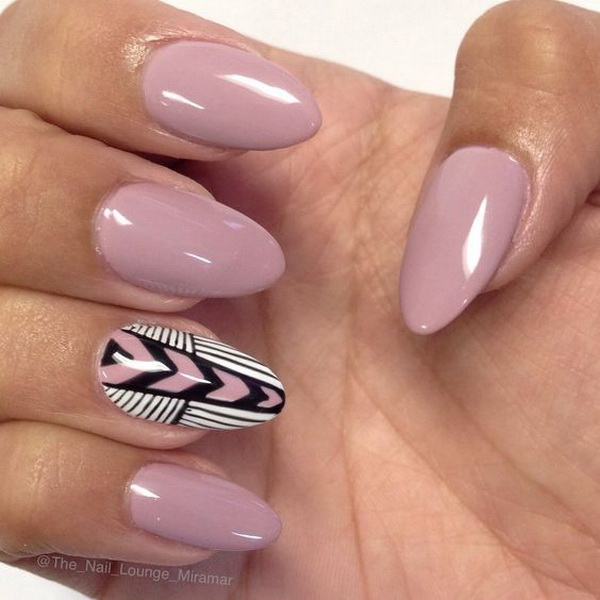 Almond Shaped Chevron Inspired Gel Nail Art Design - 20 Beautiful Almond Nail Designs - For Creative Juice