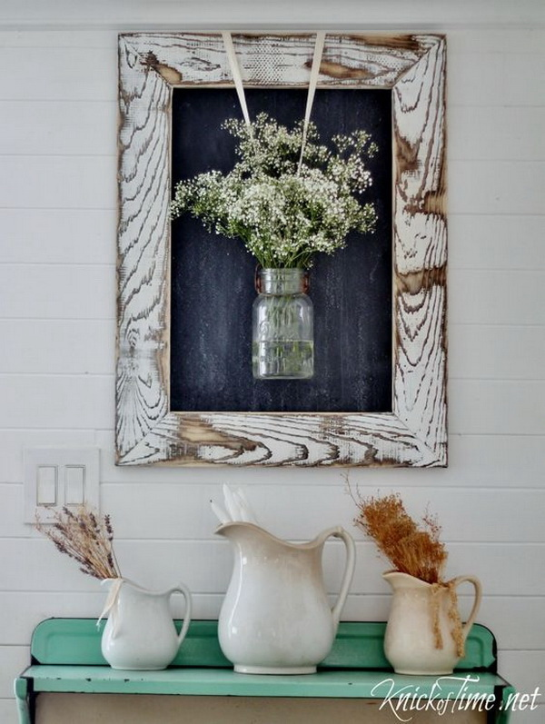 Easy DIY Rustic Farmhouse Framed Chalkboard.