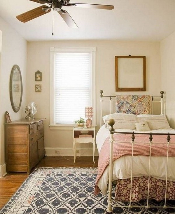 Small Teenage Girls Bedroom Ideas. Some Bit Of Farmhouse Style... Small But