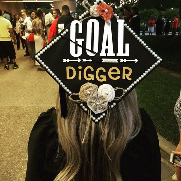 40+ Awesome Graduation Cap Decoration Ideas - For Creative ...