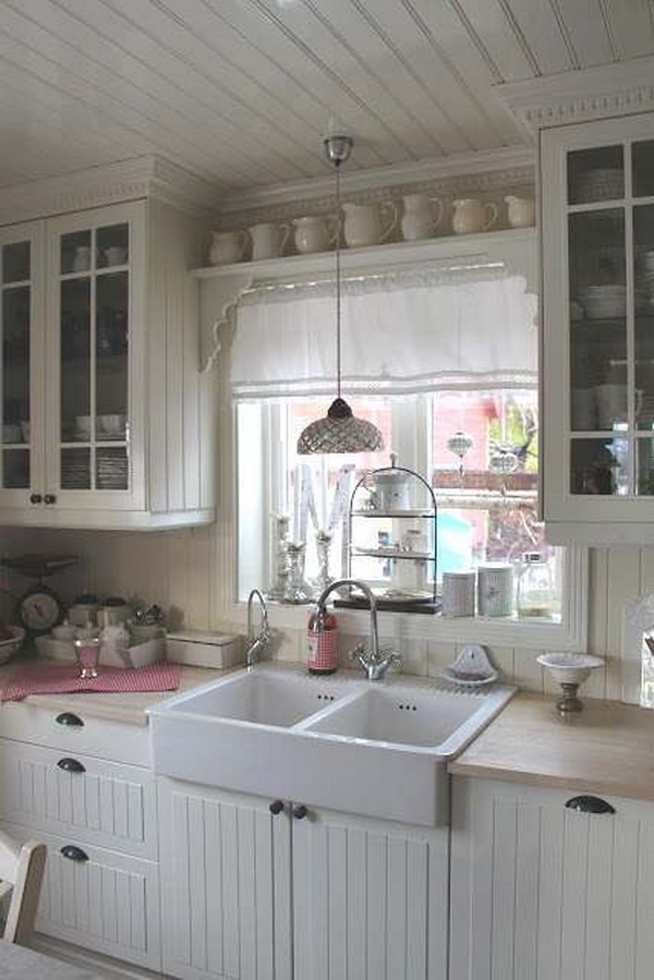 Cozy Shabby Chic Kitchen Decor.