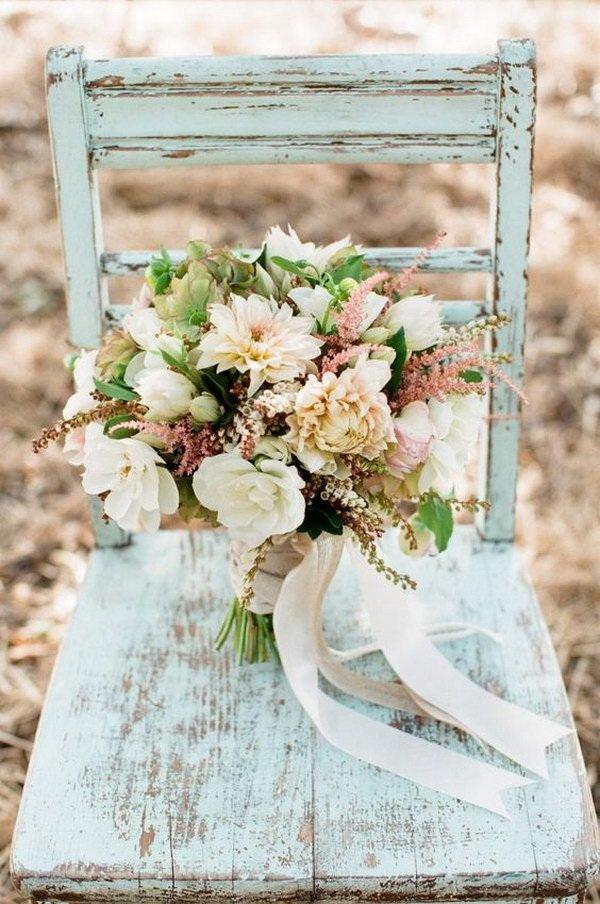 DIY Vintage Shabb Chic Wedding Bouquet with Fresh Flowers.